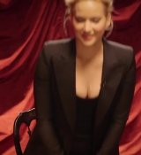 Jennifer_Lawrence_is_a_Surprisingly_Good_Mime___Secret_Talent_Theater___Vanity_Fair_033.jpg