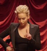 Jennifer_Lawrence_is_a_Surprisingly_Good_Mime___Secret_Talent_Theater___Vanity_Fair_051.jpg